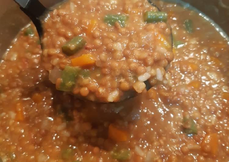 lentejas-con-verduras-y-arroz-version-facil-foto-principal