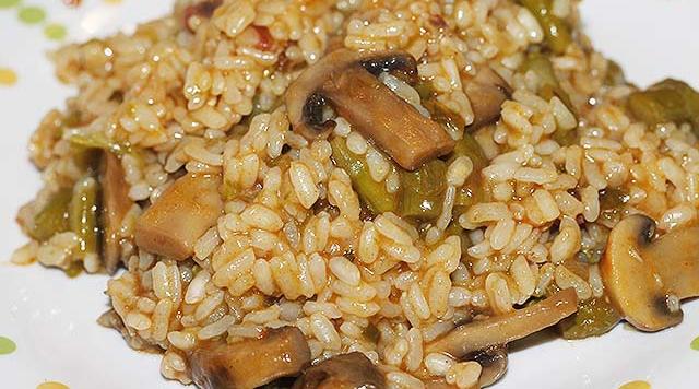 arroz-esparragos-trigueros-champinones